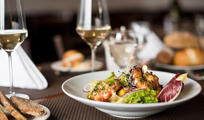 Restauracja Arte - kuchnia śródziemnomorska w Zamościu - Artehotel - hotel, bar, sala konferencyjna, organizacja imprez