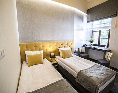 Dwuosobowy pokój nr 103 w hotelu Artehotel Zamość