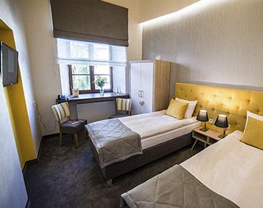 Dwuosobowy pokój nr 104 w hotelu Artehotel Zamość