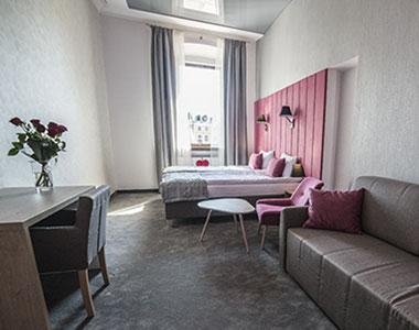 Dwuosobowy pokój nr 107 z dostawką w Arte Zamość