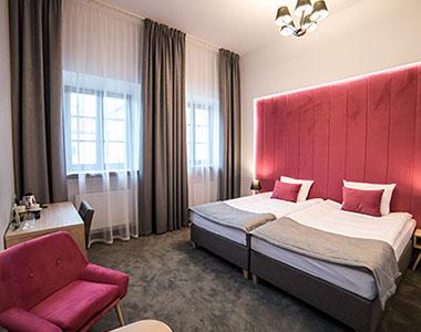 Dwuosobowy pokój nr 208 z dostawką w Arte Zamość